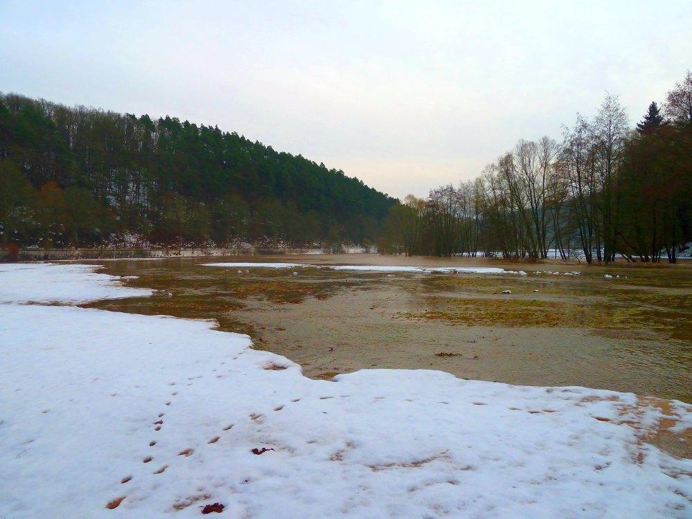 http://www.lutz-schenk.de/wetter/201101109_hw/045_nuhne.jpg